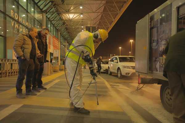 Rome airport: cleaning intervention